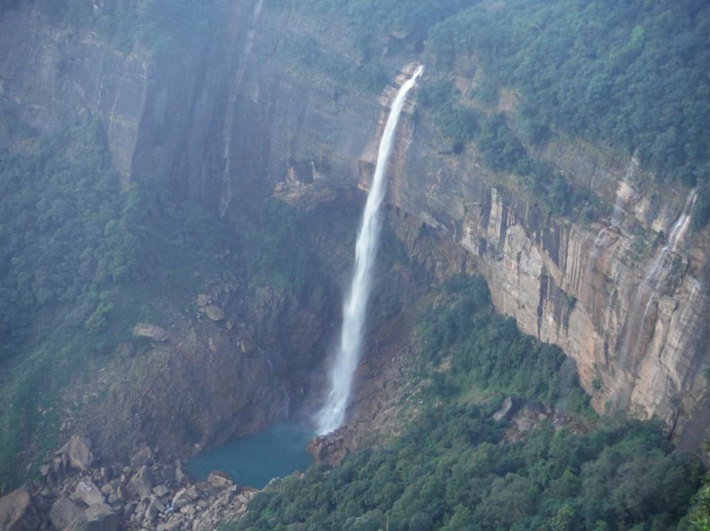 Wodospad Nohkalikai