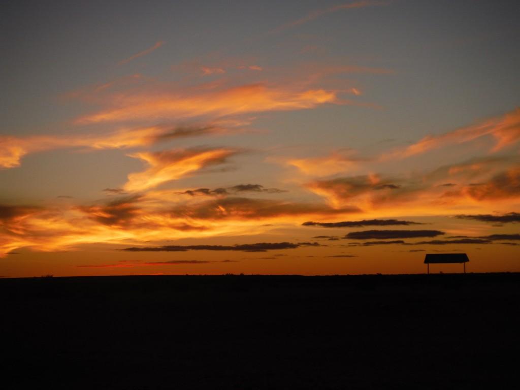 Zachód słońca w outbacku