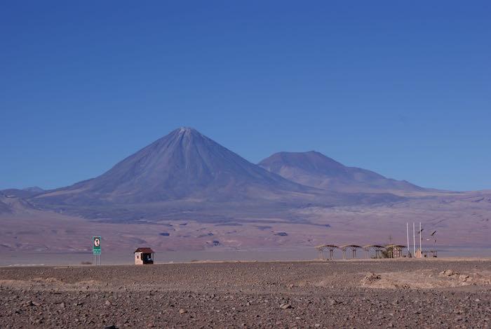 Widok na wulkan Licancabur