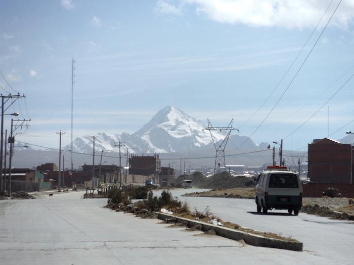 Widok z drogi na Huyana Potosi