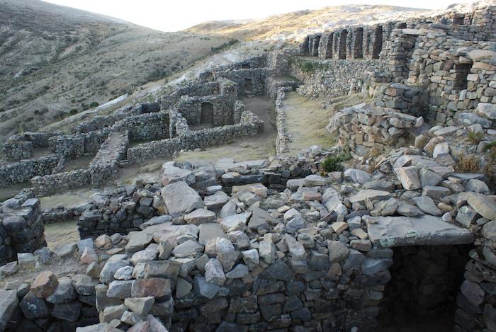 Ruiny inkaskiego miasta