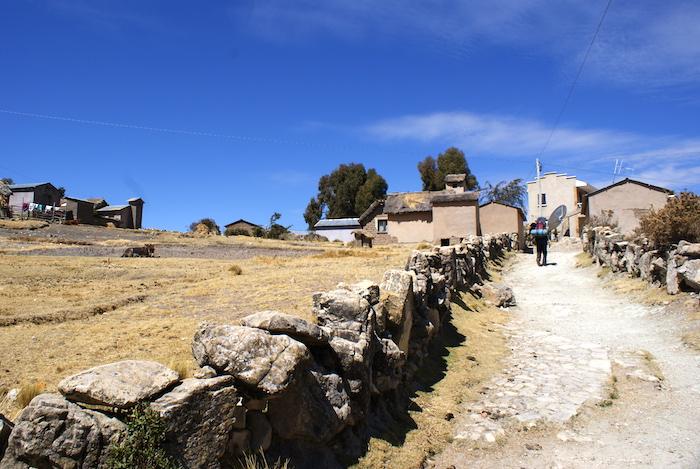 Trekking przez Isla del Sol